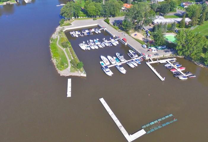 Photo 1 - Port de plaisance Laval-sur-le-Lac