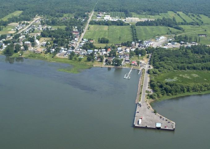 Photo 1 - Marina Sainte-Angèle-de-Laval