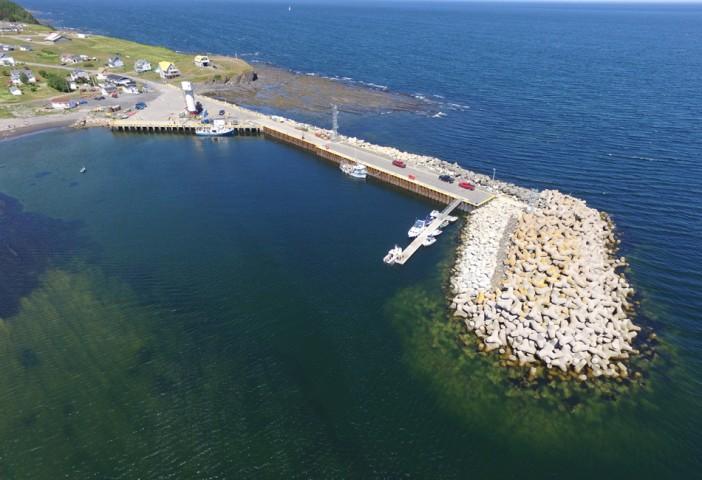 Photo 1 - Administration portuaire de Cloridorme